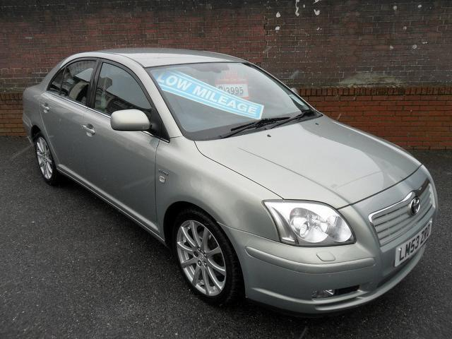 used 2004 toyota avensis saloon green edition 2 4 vvt i t spirit petrol for sale in southampton. Black Bedroom Furniture Sets. Home Design Ideas