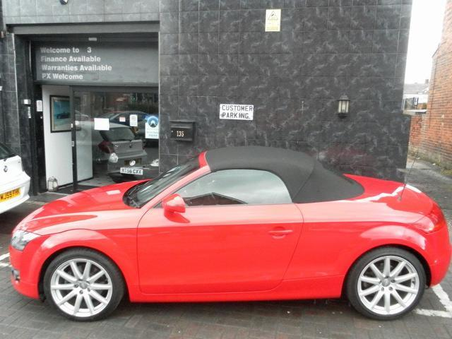 used audi tt 2009 red colour petrol fsi 2 door convertible for sale in stockport uk autopazar. Black Bedroom Furniture Sets. Home Design Ideas