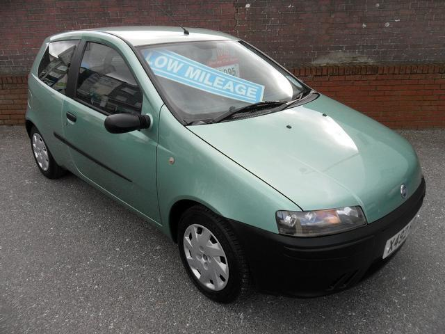 used fiat punto 2001 petrol 1 2 mia 3dr xx hatchback green with car immobiliser for sale autopazar. Black Bedroom Furniture Sets. Home Design Ideas
