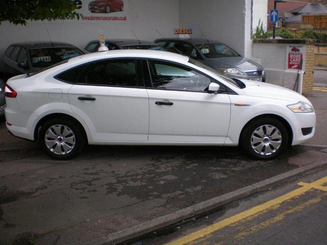 used ford mondeo 2008 diesel 2 0 tdci edge 5dr hatchback white automatic for sale in gravesend. Black Bedroom Furniture Sets. Home Design Ideas