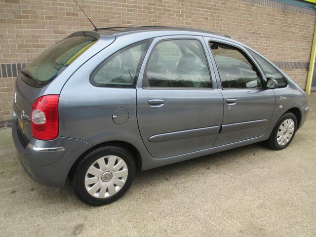 used citroen xsara 2006 diesel picasso 1 6 hdi 92 estate grey edition for sale in norwich uk. Black Bedroom Furniture Sets. Home Design Ideas
