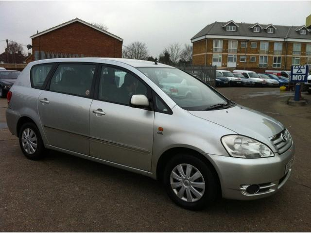 Used Toyota Avensis 2003 Silver Estate Diesel Manual for Sale
