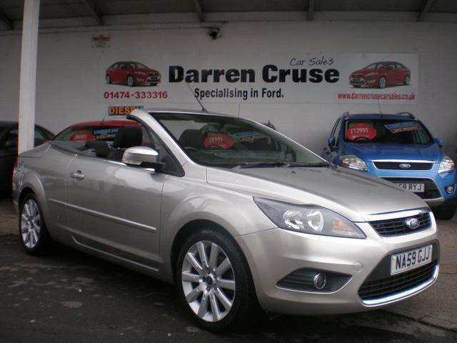 - Used_Ford_Focus_2009_Silver_Convertible_Diesel_Manual_for_Sale_in_Kent_UK