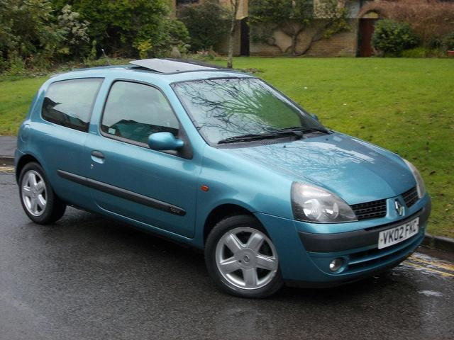 used renault clio car 2002 blue petrol 1 2 16v extreme 3 door hatchback for sale in keynsham uk. Black Bedroom Furniture Sets. Home Design Ideas