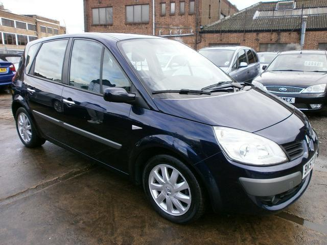used renault scenic 2007 model 1 5 dci 106 dynamique diesel estate blue for sale in wembley uk. Black Bedroom Furniture Sets. Home Design Ideas