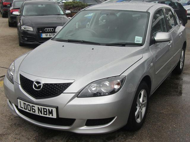 used 2006 mazda mazda3 hatchback silver edition 1 6 ts 5dr. Black Bedroom Furniture Sets. Home Design Ideas