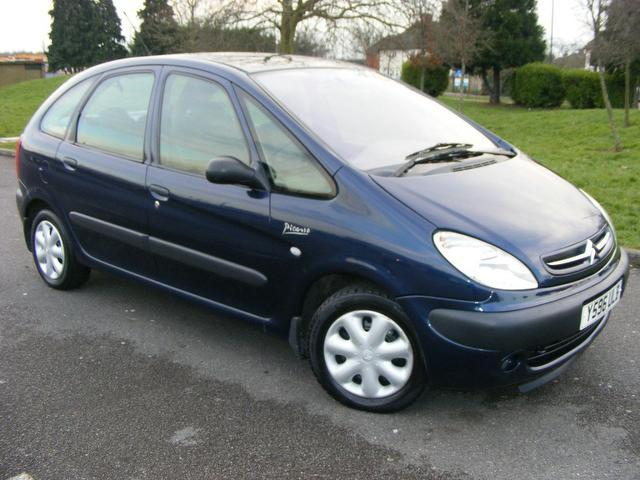 used blue citroen xsara 2001 petrol picasso 16v sx estate in great condition for sale. Black Bedroom Furniture Sets. Home Design Ideas