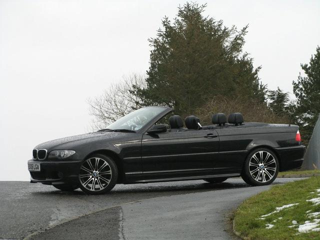 used black bmw 3 series 2006 petrol 318 ci m convertible in great condition for sale autopazar. Black Bedroom Furniture Sets. Home Design Ideas