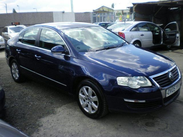 used volkswagen passat 2005 diesel 1 9 se tdi 4dr saloon blue manual for sale in wembley uk. Black Bedroom Furniture Sets. Home Design Ideas