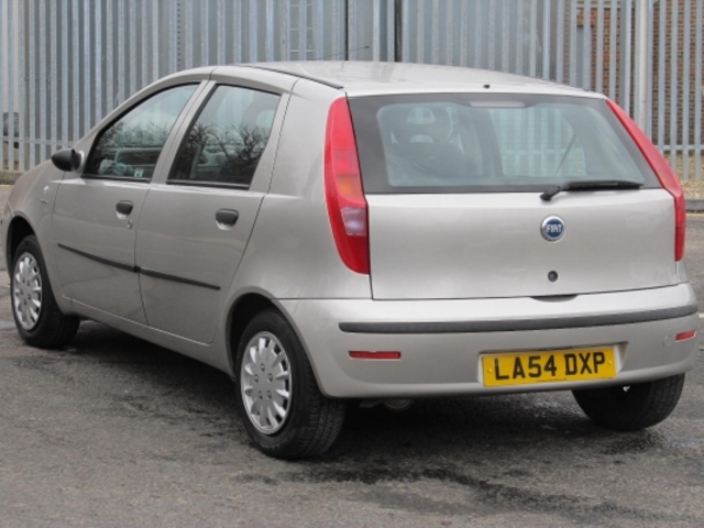 used grey fiat punto 2005 petrol in great condition for sale   autopazar