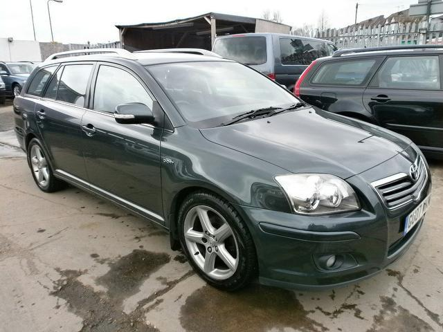 Used Toyota Avensis 2007 Green Estate Diesel Manual for Sale