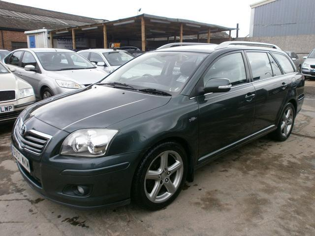 Used Toyota Avensis 2.2 D-4d T180 5 Door Estate Green 2007 Diesel for Sale in UK