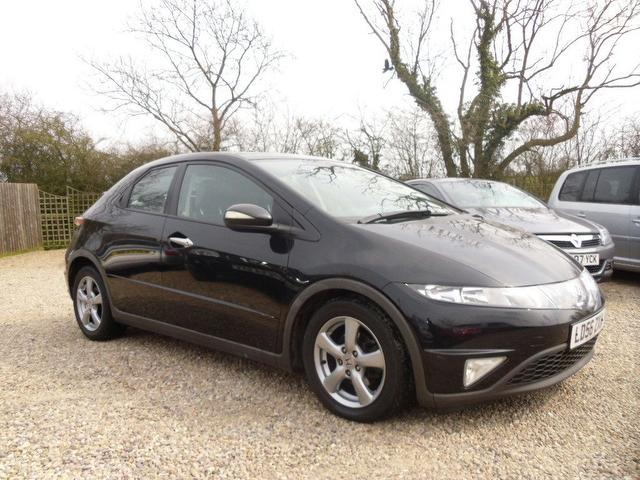 used honda civic 2006 black colour petrol 1 8 i vtec es hatchback for sale in nuneaton uk. Black Bedroom Furniture Sets. Home Design Ideas