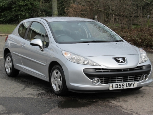 used peugeot 207 car 2008 silver petrol for sale in epsom. Black Bedroom Furniture Sets. Home Design Ideas