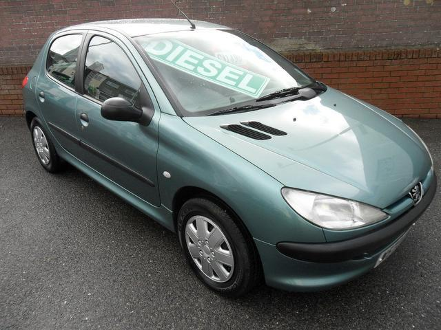 used green peugeot 206 2000 diesel 1 9 d lx 5dr hatchback. Black Bedroom Furniture Sets. Home Design Ideas