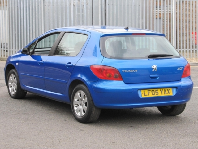 used blue peugeot 307 2005 petrol excellent condition for sale autopazar. Black Bedroom Furniture Sets. Home Design Ideas