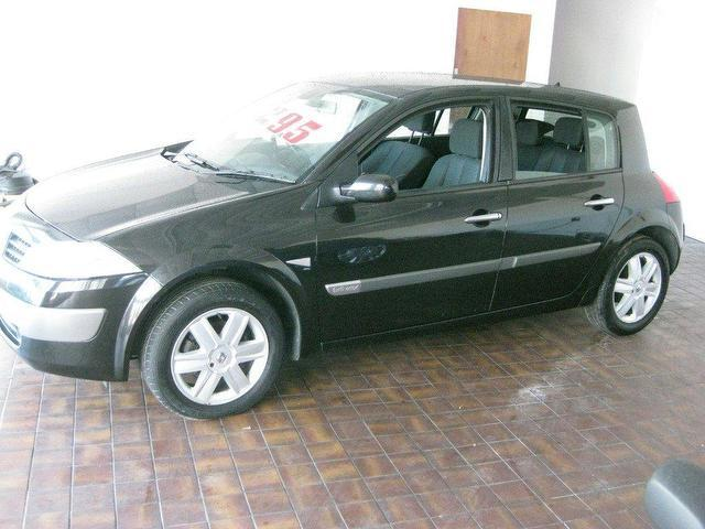 used renault megane 2004 petrol 1 6 vvt dynamique 5dr hatchback black manual for sale in. Black Bedroom Furniture Sets. Home Design Ideas