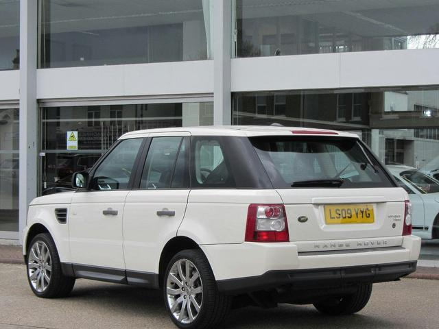 used land rover range 2009 diesel sport 2 7 4x4 white edition for sale in sevenoaks uk autopazar. Black Bedroom Furniture Sets. Home Design Ideas