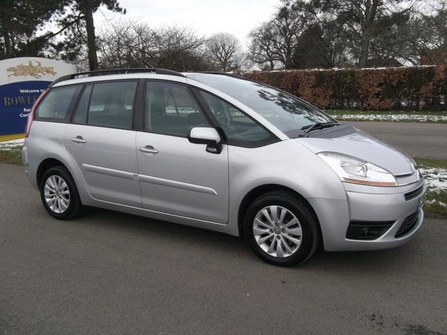 used 2009 citroen c4 estate silver edition grand picasso 16v diesel for sale in newmarket. Black Bedroom Furniture Sets. Home Design Ideas