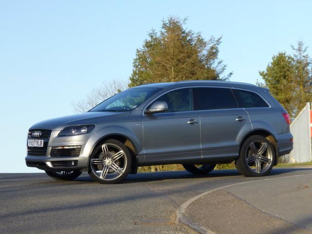 used audi q7 car 2007 grey diesel 3 0 tdi quattro s 4x4 for sale in turrif uk autopazar. Black Bedroom Furniture Sets. Home Design Ideas