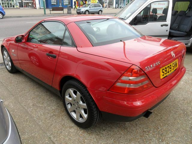 Used mercedes benz 2008 red paint petrol 230k 2dr auto 2 3 for Used convertible mercedes benz for sale