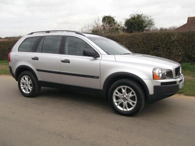 used 2004 volvo xc90 4x4 silver edition 2 4 d5 se 5dr diesel for sale in newmarket uk autopazar. Black Bedroom Furniture Sets. Home Design Ideas