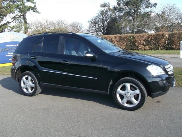 Used Mercedes Benz 2007 Black 4x4 Diesel Automatic for Sale
