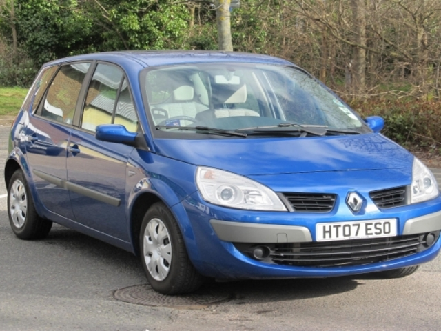 used renault scenic for sale in london uk autopazar. Black Bedroom Furniture Sets. Home Design Ideas