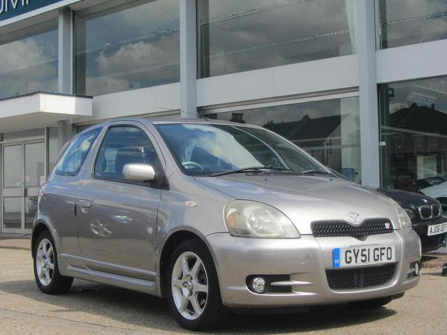 used toyota yaris 2001 grey colour petrol 1 5 vvt i t sport hatchback for sale in sevenoaks uk. Black Bedroom Furniture Sets. Home Design Ideas