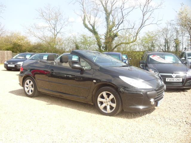 used peugeot 307 2008 petrol 1 6 s 2dr with convertible. Black Bedroom Furniture Sets. Home Design Ideas