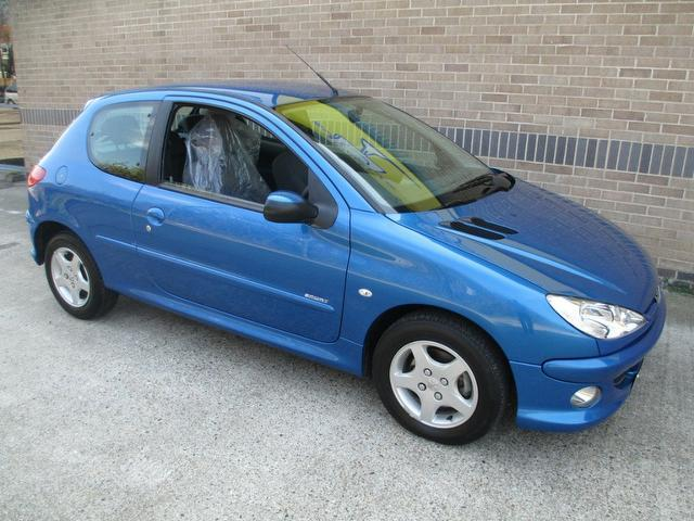 used peugeot 206 2005 blue colour petrol 1 4 16v sport 3 door hatchback for sale in norwich uk. Black Bedroom Furniture Sets. Home Design Ideas