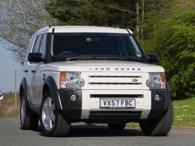 used land rover discovery 2007 diesel 2 7 td v6 4x4 white edition for sale in turrif uk autopazar. Black Bedroom Furniture Sets. Home Design Ideas