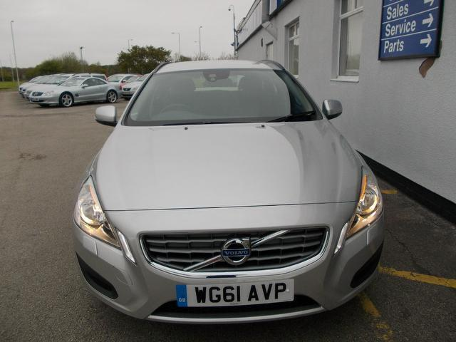 Used Volvo V60 2011 Diesel Drive [115] Se 5dr Estate Silver Edition For Sale In Wirral Uk ...
