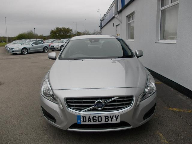 used volvo s60 2010 diesel d3 163 se 4dr saloon silver edition for sale in wirral uk autopazar. Black Bedroom Furniture Sets. Home Design Ideas