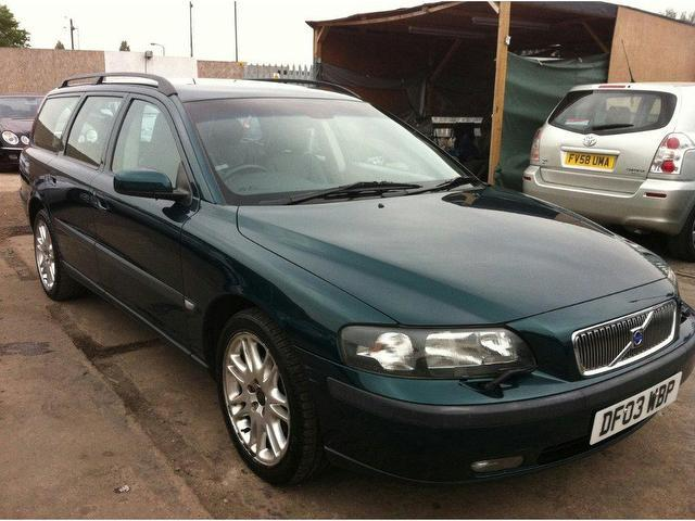 used volvo v70 2003 diesel 2 4 d5 se 5dr estate green automatic for sale in wembley uk autopazar. Black Bedroom Furniture Sets. Home Design Ideas