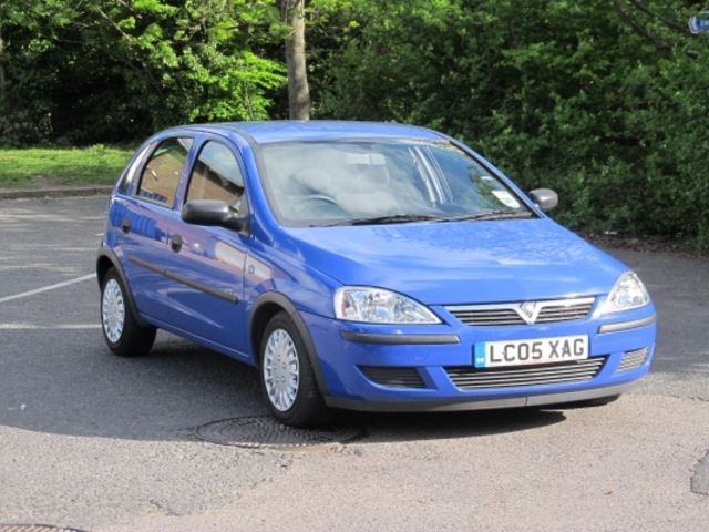 used 2005 vauxhall corsa petrol for sale in epsom uk autopazar. Black Bedroom Furniture Sets. Home Design Ideas