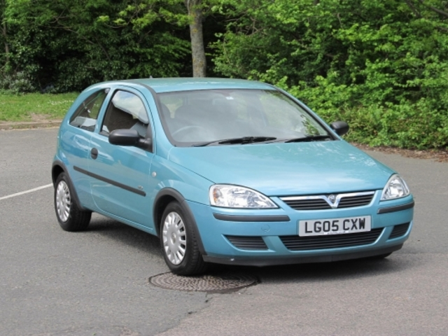 used green vauxhall corsa 2005 petrol excellent condition for sale autopazar. Black Bedroom Furniture Sets. Home Design Ideas