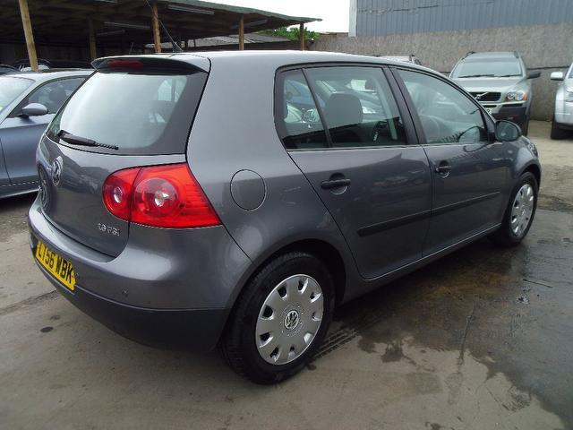 used volkswagen golf 2006 grey colour petrol 1 6 s fsi 5 door hatchback for sale in wembley uk. Black Bedroom Furniture Sets. Home Design Ideas