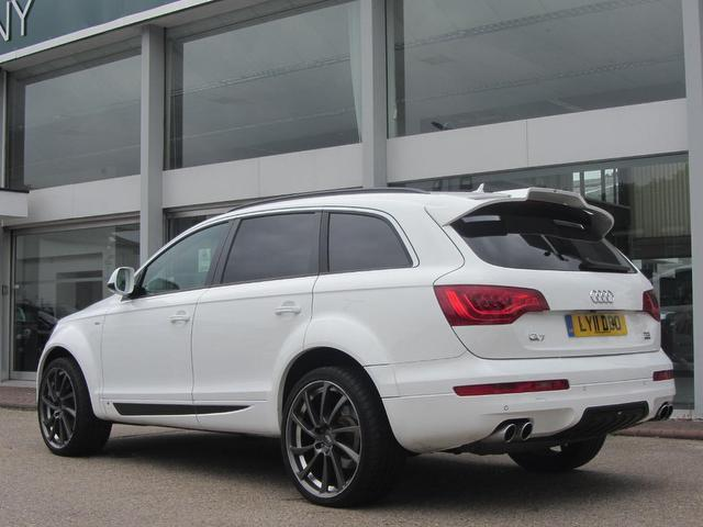 used white audi q7 2011 diesel 3 0 tdi clean 4x4 in great. Black Bedroom Furniture Sets. Home Design Ideas