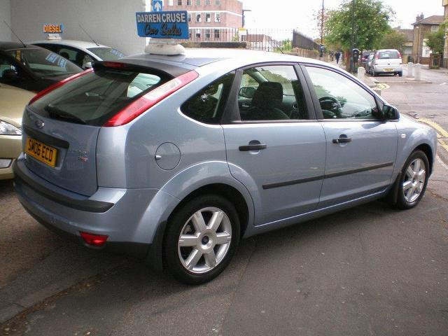 used ford focus 2006 diesel 1 8 tdci sport 5dr hatchback blue manual for sale in gravesend uk. Black Bedroom Furniture Sets. Home Design Ideas
