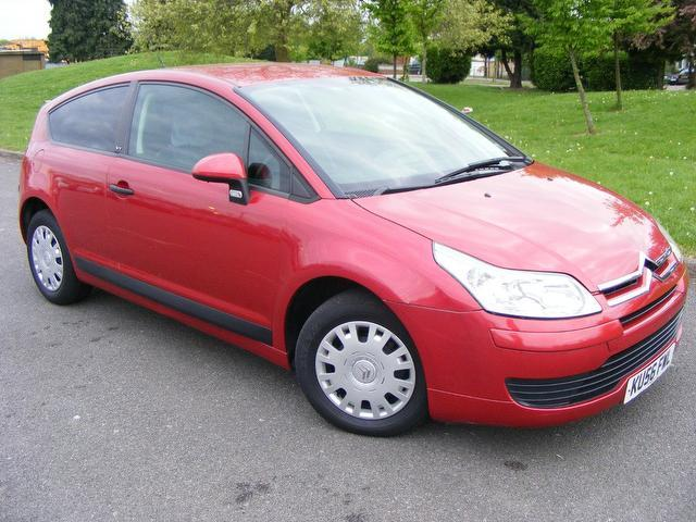 used citroen c4 car 2006 red petrol 16v vtr 3 door coupe for sale in wembley uk autopazar. Black Bedroom Furniture Sets. Home Design Ideas