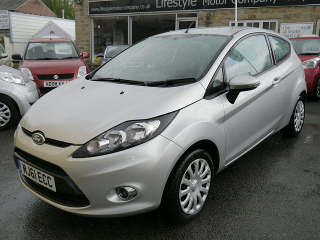 used 2011 ford fiesta hatchback silver edition edge 3dr 82 petrol for sale in wakefield. Black Bedroom Furniture Sets. Home Design Ideas