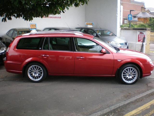 used ford mondeo 2006 diesel 130 ghia x estate orange manual for sale in gravesend uk. Black Bedroom Furniture Sets. Home Design Ideas