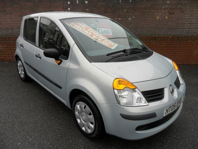 used renault modus car 2005 silver petrol 1 4 oasis 5 door xx hatchback for sale in southampton. Black Bedroom Furniture Sets. Home Design Ideas