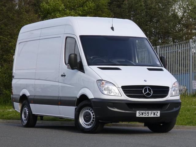 Used mercedes benz 2009 diesel 2200 cc 313 cdi panel van for Used mercedes benz minivan for sale
