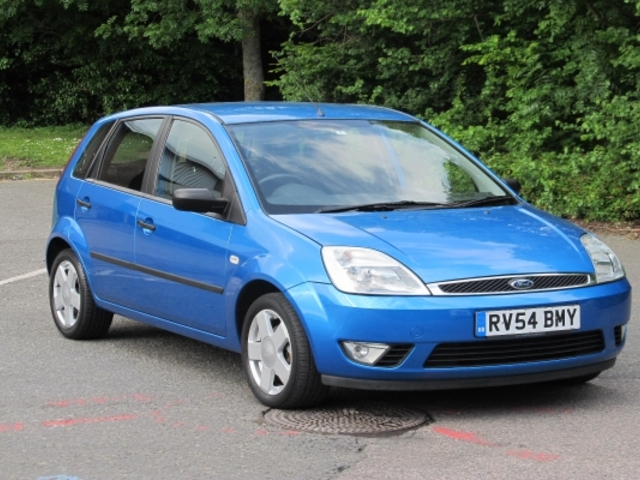 used ford fiesta 2004 model unleaded blue for sale in epsom uk autopazar. Black Bedroom Furniture Sets. Home Design Ideas
