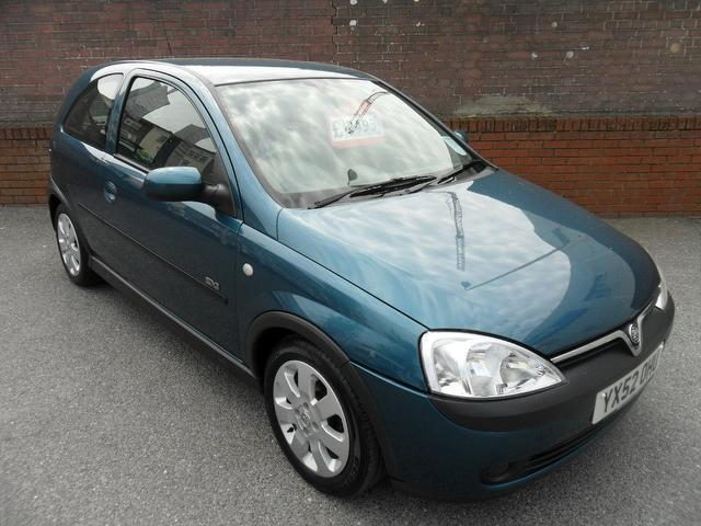 used vauxhall corsa 2002 blue paint petrol 16v sxi 3dr hatchback for sale in southampton uk. Black Bedroom Furniture Sets. Home Design Ideas