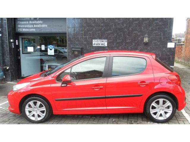 used 2007 peugeot 207 hatchback red edition 1 6 hdi 90 sport diesel for sale in stockport uk. Black Bedroom Furniture Sets. Home Design Ideas