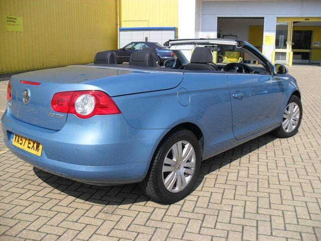 used blue volkswagen eos 2007 diesel 2 0 tdi 2dr convertible excellent condition for sale. Black Bedroom Furniture Sets. Home Design Ideas