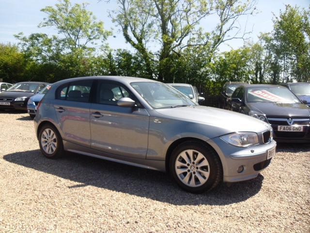 used bmw 1 series 2006 model 120d se 5dr diesel hatchback. Black Bedroom Furniture Sets. Home Design Ideas